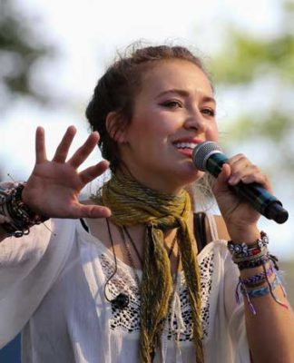 Lauren Daigle O Lord song